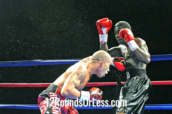"""Bout 2 Joey """"The Hitman"""" Holt, East Liverpool, OH -vs-Anthony Kelly, Toledo, OH Super Welterweights"""