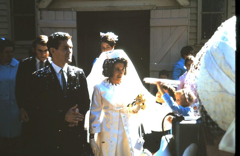 1970-4-18 (4) Anne & Eds wedding.JPG