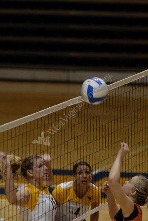 25001 Volleyball vs. Syracuse