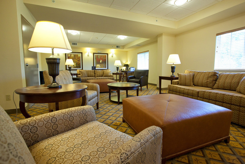 CANDLEWOOD SUITES FORT MYERS Living Room001.jpg