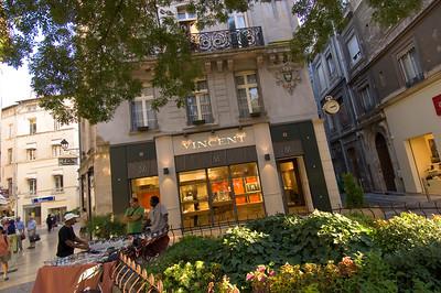 Europe, France, Provence, Avignon, shop on Place du Change