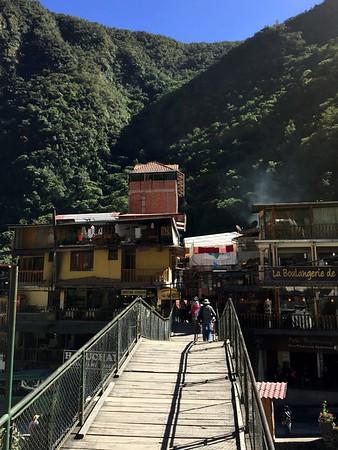 Machu Picchu - Town & Train Ride