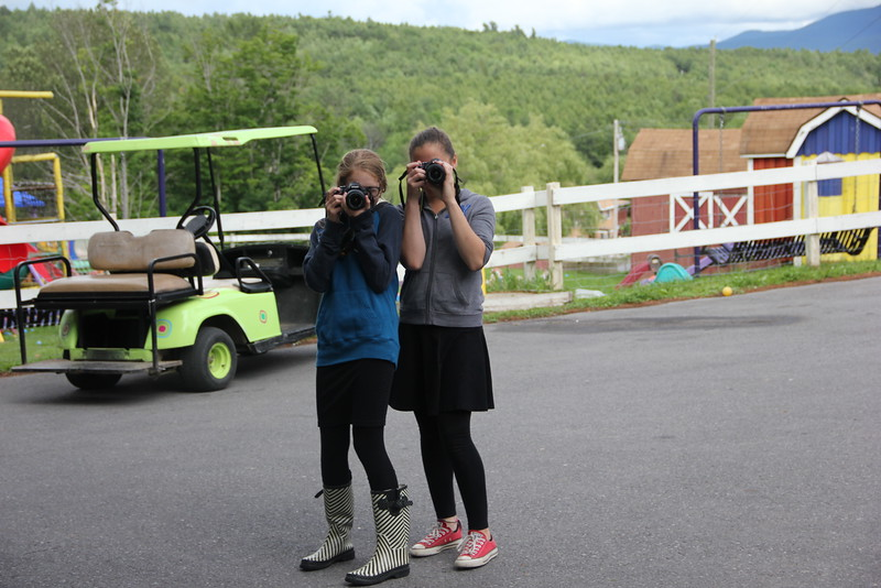 kars4kids_thezone_camp_GirlDivsion_workshops_Photography (6).JPG