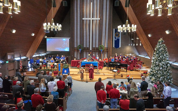 Mountain View Sings! 12-17-2017 Sunday 10:30 Service