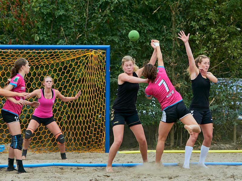 Molecaten NK Beach Handball 2015 dag 2 img 213.jpg