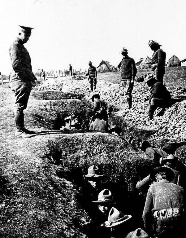 . U.S. Lt. Dwight D. Eisenhower watches Illinois troops dig trenches during training at San Antonio, Ft. Houston, Texas, in 1916.  (AP Photo/The D.D. Eisenhower Library)