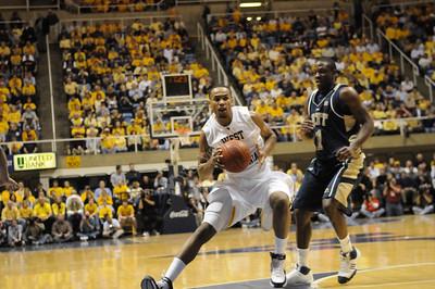25216-Mens Basketball vs. Pitt