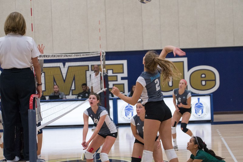 HPU Volleyball-91666.jpg