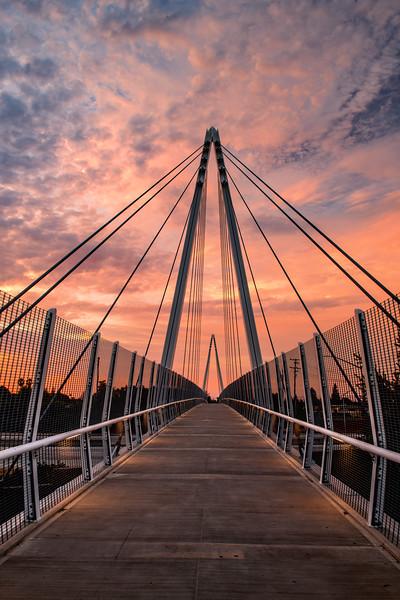 Mary Ave Bridge (2018-07-12)