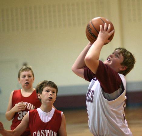 SNMS Boys Basketball vs Caston 2006