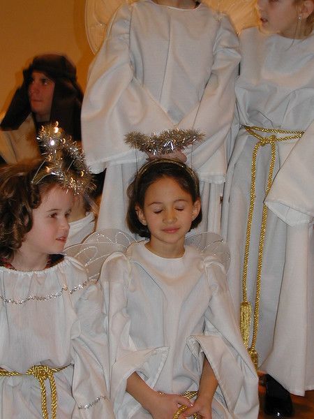 2002-12-21-HT-Christmas-Pageant_052.jpg