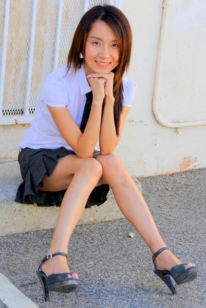 beautiful la woman model 762.090.09...