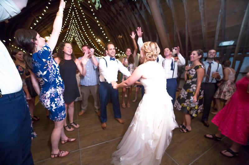 Garrett & Lisa Wedding (854).jpg