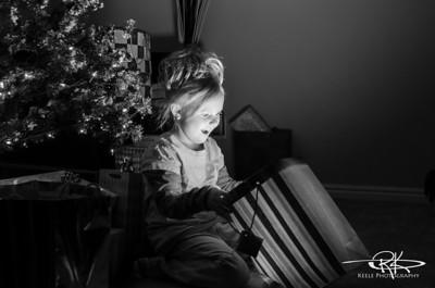 2012-12-04 Christmas Tree Bokeh - Maternity