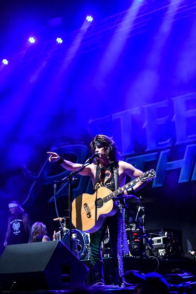 Steel Panther Jannus Live 201900277.jpg