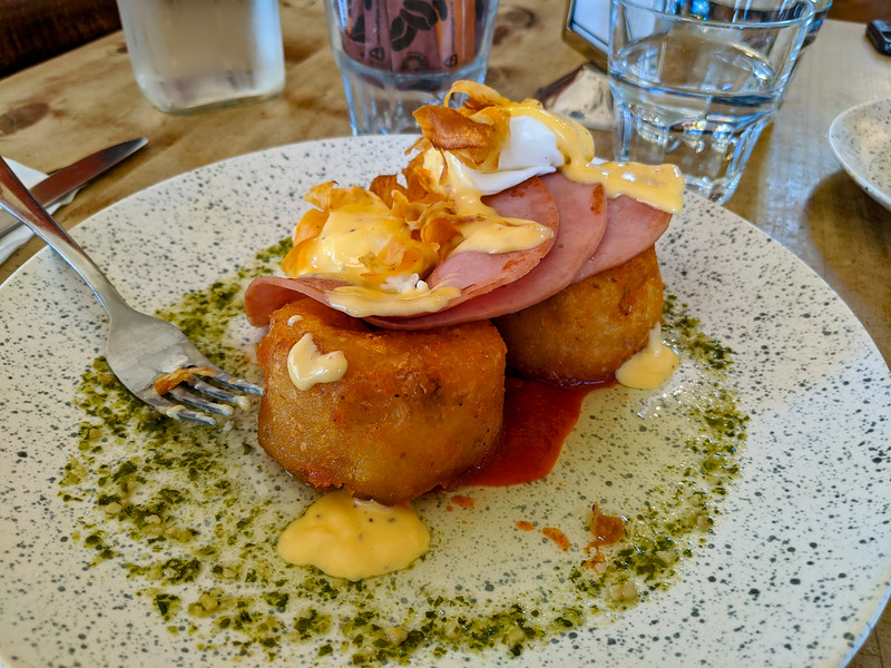 Eggs Benedict at Caffe Windsor, Inglewood