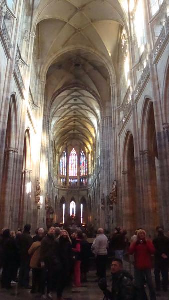 St Vitus Cathedral interior.JPG
