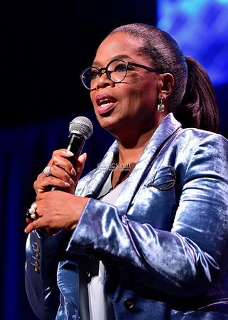 11.3.17 Oprah Winfrey Hosts Ron Clark Academy
