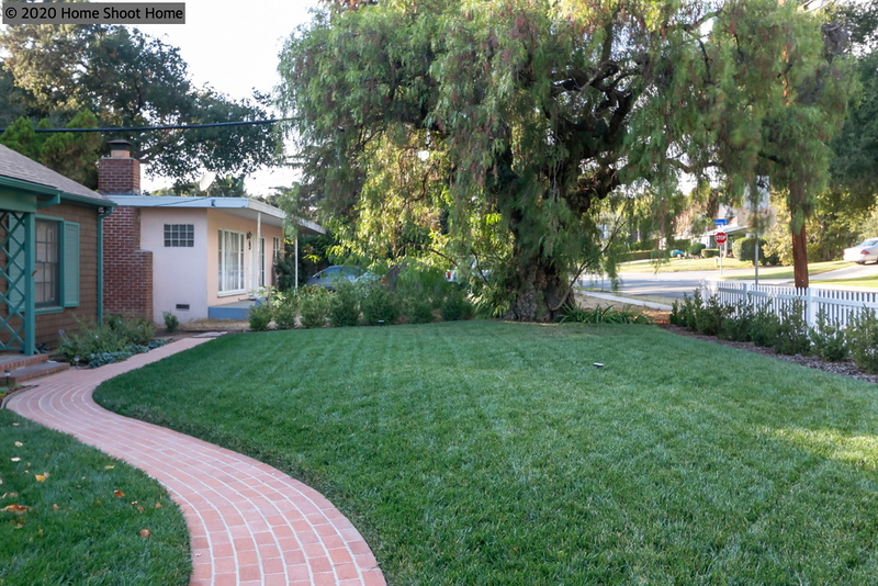 2995_47front-lawn-side-view.jpg