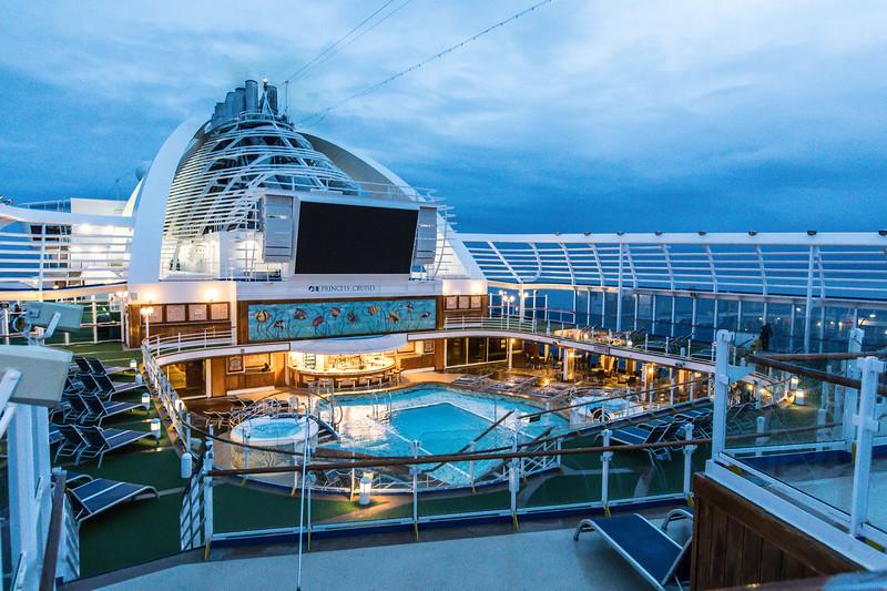 Ship at Dawn-0608.jpg