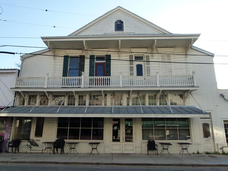 045 Oak Restaurant.JPG