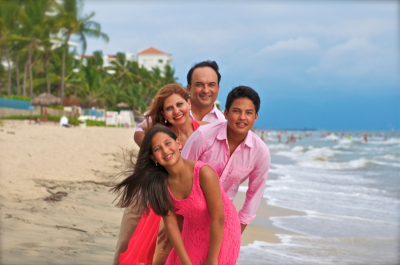 Famila Guajardo Puerto Vallarta Mexico Julio 2014 by Andres Barria Photography