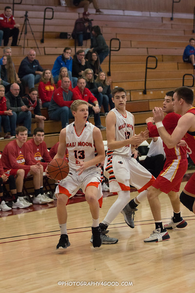 Varsity Boys 2017-8 (WM.) Basketball-0943.jpg