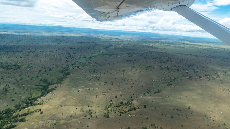 Tanzania-Serengeti-National-Park-Flight-02.jpg