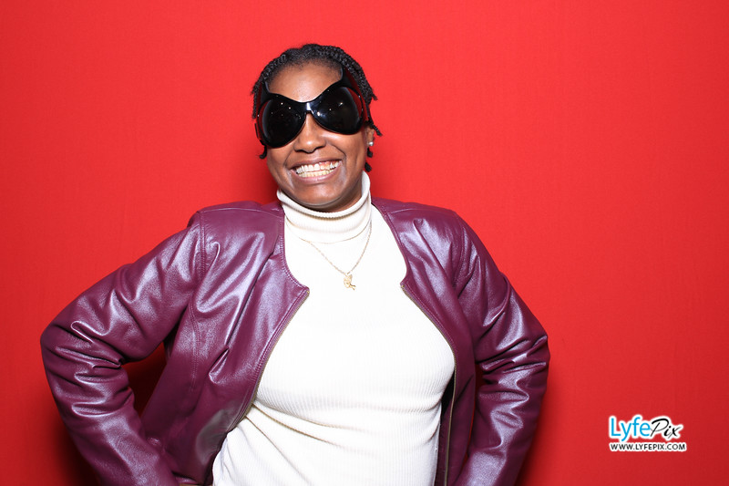 eastern-2018-holiday-party-sterling-virginia-photo-booth-0075.jpg