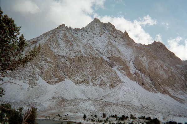 CENTER PEAK: SEPTEMBER 18-22, 2004