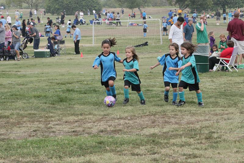 Soccer2011-09-24 11-54-56.JPG