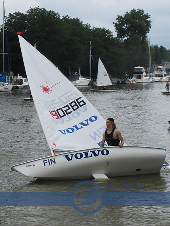 Lasers, from Great Lakes Clubs, compete in Vermilion in July 2014