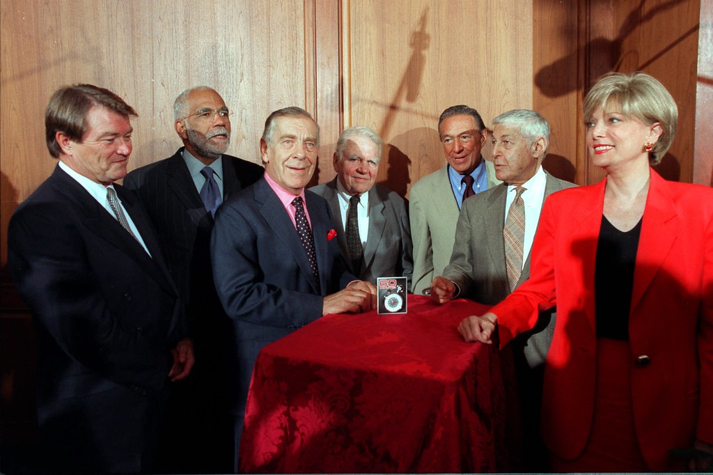 """. Correspondents of the CBS show \""""60 Minutes\"""" present a stopwatch to the National Museum of American History Tuesday, Sept. 22, 1998 in Washington The watch ticks at the opening of each program and between the segments. From left CBS staff members: Steve Kroft; Ed Bradley; Morley Safer; Andy Rooney; Mike Wallace; creator and executive producer of 60 Minutes, Don Hewitt and Lesley Stahl. (AP Photo/CBS Photo by Scott Robinson)"""