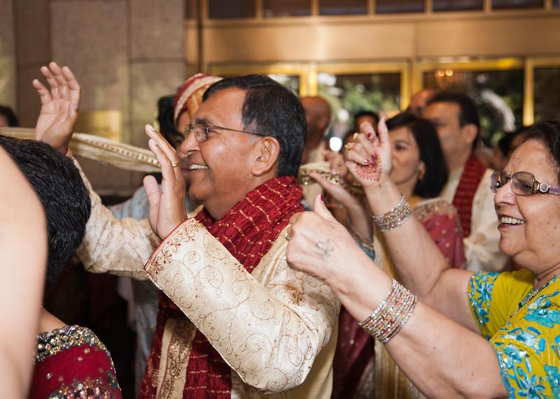 Shikha_Gaurav_Wedding-512.jpg