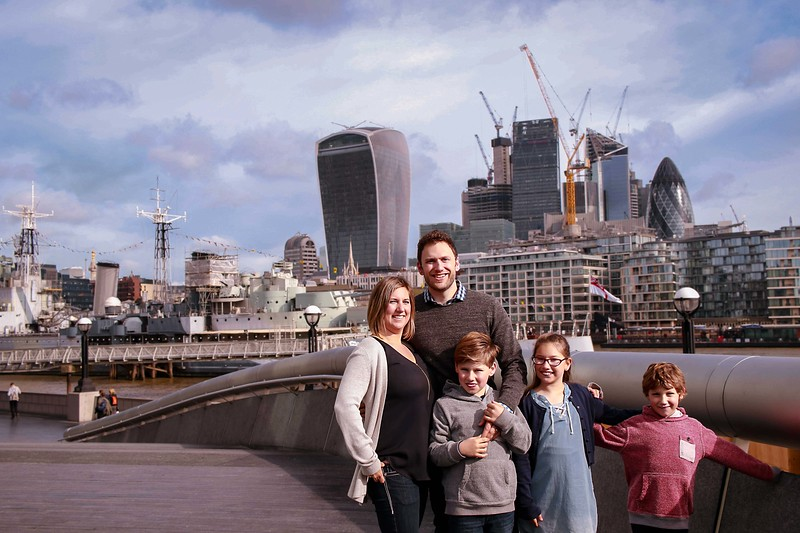 FamilyPassport - travel  photoshoot in London  by Ewa Horaczko 2.jpg
