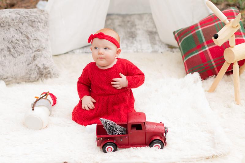 Holiday Minis- Heliin Family-44.jpg