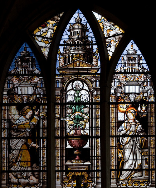 Mussy-sur-Seine, The Annunciation Window