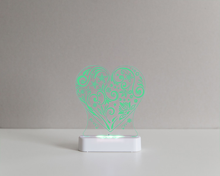 Aloka_Nightlight_Product_Shot_Love_Heart_White_Green.jpg