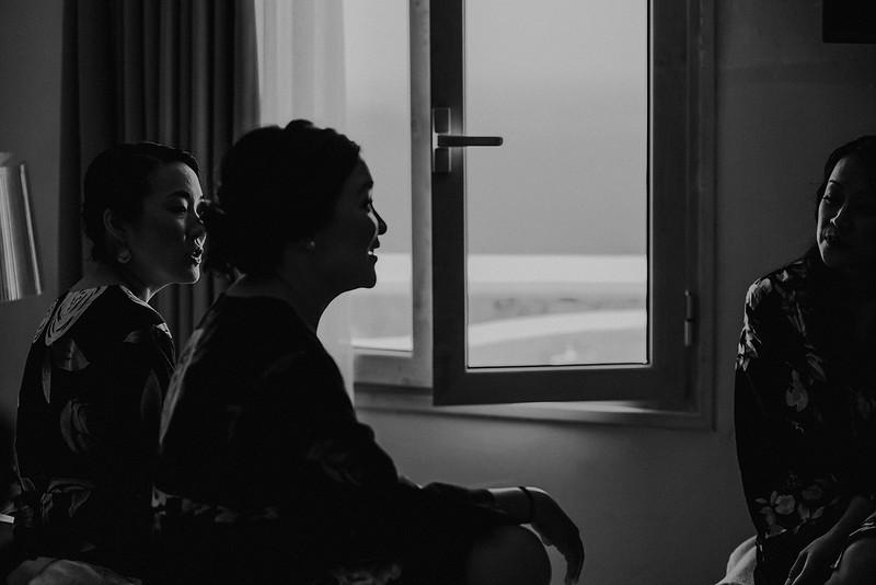 Tu-Nguyen-Destination-Wedding-Photographer-Santorini-Rocabella-Hotel-Euna-Ehsan-141.jpg