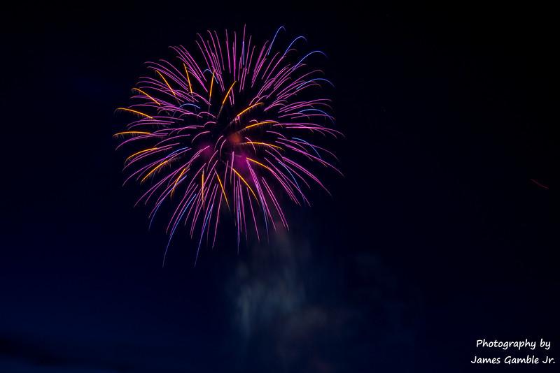 Fourth-of-July-Fireworks-2016-0324.jpg