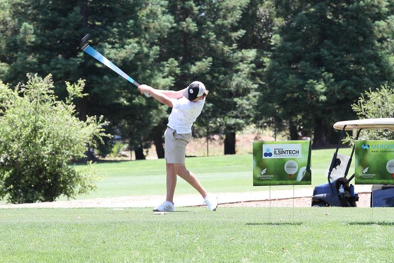 Momentum Golf Benefit-89.jpg