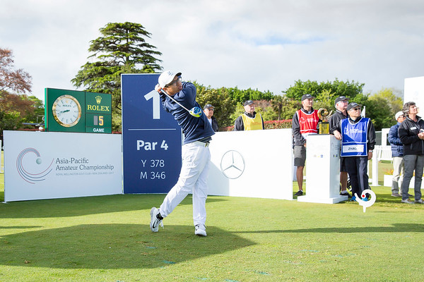 Nathan Zhao from Guam hitting off the 1st tee on Day 1 of competition in the Asia-Pacific Amateur Championship tournament 2017 held at Royal Wellington Golf Club, in Heretaunga, Upper Hutt, New Zealand from 26 - 29 October 2017. Copyright John Mathews 2017.   www.megasportmedia.co.nz
