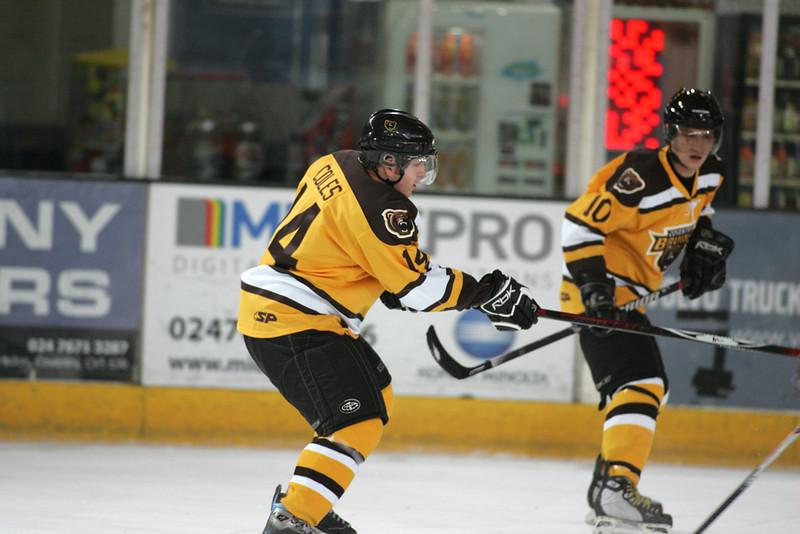 Bruins vs Jesters 07-01-2012 082.jpg
