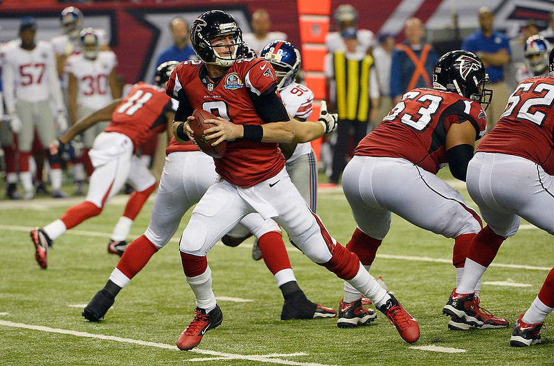 . Atlanta Falcons quarterback Matt Ryan (2) works against the New York Giants during the second half of an NFL football game on Sunday, Dec. 16, 2012, in Atlanta. (AP Photo/Rich Addicks)