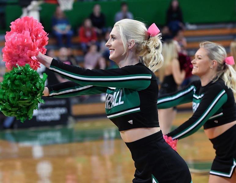 cheerleaders1121.jpg