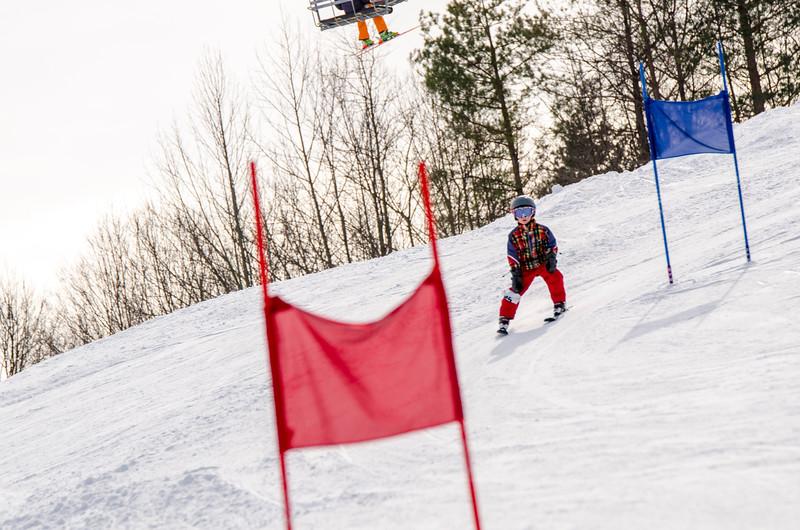 Standard-Races_2-7-15_Snow-Trails-37.jpg