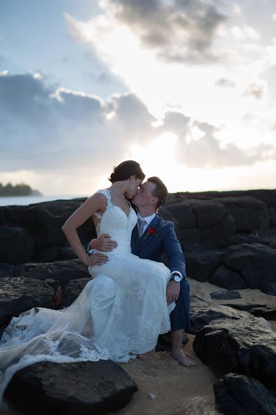 Anini-beach-wedding-photos-35.jpg