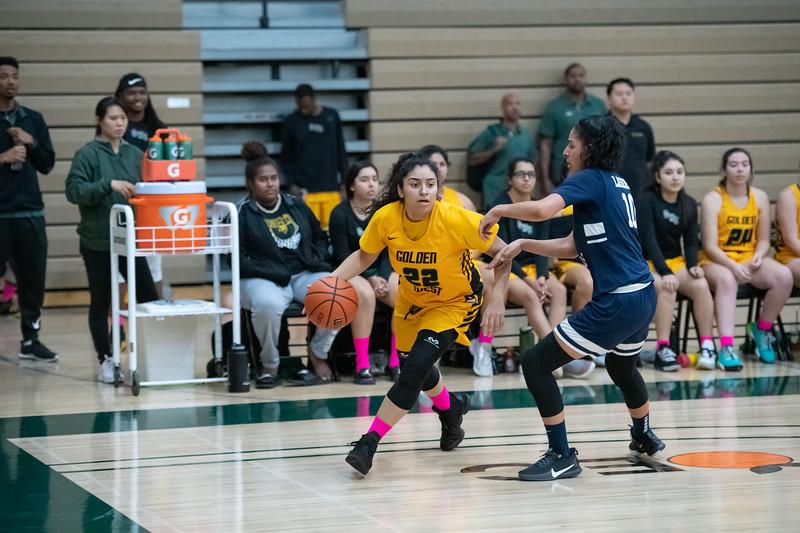 Basketball-W-2020-01-31-7821.jpg