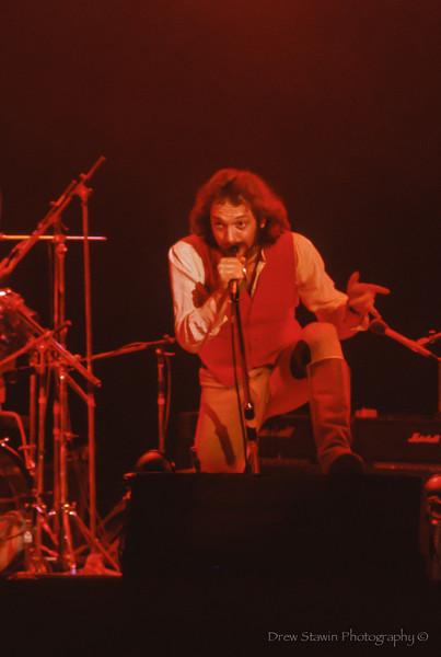 Jethro Tull - 1/20/77 -