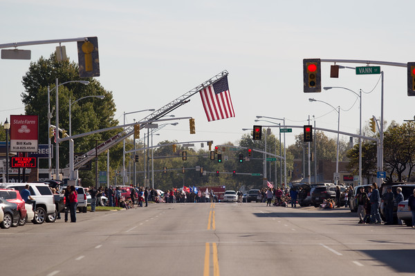 11/16 VETERANS DAY PARADE